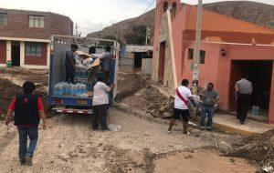 Obispo lleva donaciones para damnificados por fuertes lluvias y huaicos en Tacna y Moquegua