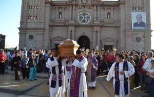 Misa de Exequias de Mons. José Hugo Garaycoa Hawkins, Obispo Emérito de Tacna y Moquegua