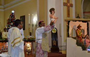Misa de Noche Buena oficiada por el Obispo de la Diócesis en la Catedral de Tacna