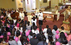 Encuentro de Gestantes y del Niño por Nacer con Dios Eucaristía